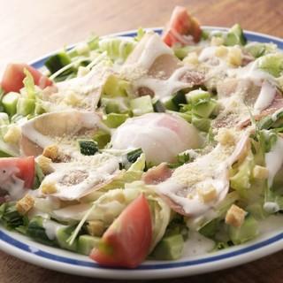 旬のお野菜を使ったお料理を豊富に揃えております♪