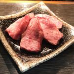 酒を焼肉で いちわ - 料理写真: