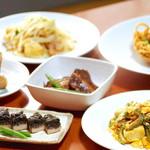 語い処 みるく世果報 - その他写真:伝統的な古典沖縄料理