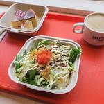 SURF SIDE CAFE - 料理写真:「タコライス」(800円)。