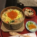 料理旅館 田事 - 鮭の親子せいろめっぱめし こづゆ 漬物
