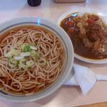 東 - ミニカレーセット・そば(540円)