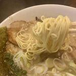 七菜矢 - 麺は細麺ストレート