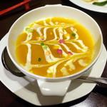 78172649 - 5,500円ノミホ付きコース、かぼちゃのスープ