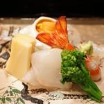 京懐石 八泉 - お造り(車海老、海胆、平目、筍)(2017/4)