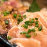 彩波 - 2017.12 鶏刺し四点盛り(1,980円)モモ肉たたき、ムネ肉たたき