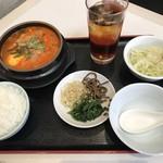 清香園 - 豆腐チゲ定食=750円 税別 12月限定のサービスランチ