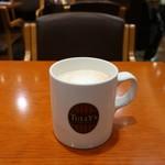タリーズコーヒー - ドリンク写真:ハニーミルクラテ トール
