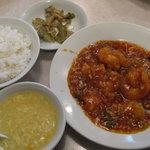 7818752 - 特別定食・クルマ海老のチリソース(900円)
