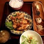 チャリチャリ - ジャン辛ささみ揚げ定食   810円(税込)