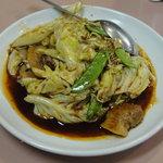与志富 - バラ肉とキャベツの中華味噌炒め(ホイコーロウ)