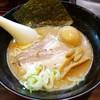 ラーメン長山 - 料理写真:ラーメン 680円 味玉 100円