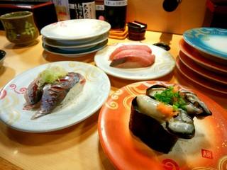 廻転寿司弁慶 新潟ピア万代店 - 鯵、生牡蠣、天然ぶり