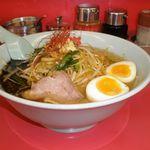 山岡家 - 料理写真:特製もやし味噌ラーメン 870円