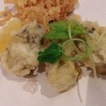 讃岐のおうどん 花は咲く - 牡蠣の天ぷら