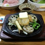 浜慶 - 帆立バター焼550円