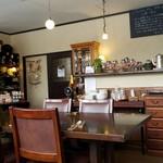 カフェ オリーブ - 店内です。