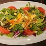 全席個室 楽蔵うたげ - 10品目の彩りサラダ
