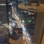 響 - 新宿の夜景