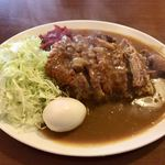 キッチン すみっこ - 「カツカレー」(750円)+「ゆで玉子」(50円)