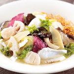 広東炒麺 南国酒家 - 帆立とアオリイカ、青海苔のあんかけやきそば