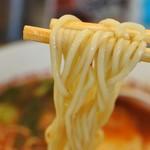 ラーメン横綱 - 麺はこんな感じ