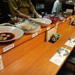 江差亭 - 大皿料理とカウンター