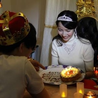 記念日は似顔絵プレートのケーキで