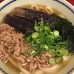 神田 五大 - おすすめセットの牛肉と揚げナスのうどん