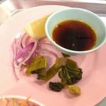 東桜パクチー - 別添えの薬味