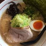 麺屋てっぺん - 醤油らーめん(740円)★★☆☆☆