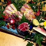 78236947 - (2017.12)新鮮地鶏の炙り刺身三種盛り