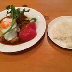 78238343 - 牛すじシチューかけハンバーグステーキ(1000円)+目玉焼き(100円)
