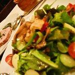 7824831 - サラダニソワーズは、日本人のサラダ感覚とは違う料理だ。