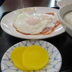 高砂食堂 - 黄色い沢庵