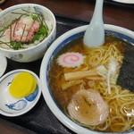 高砂食堂 - ラーメン+ネギトロ丼(小)