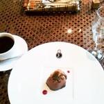 KNOCK - ドルチェ(チョコムース)とドリンク(珈琲)