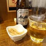 78252139 - ビールにはメンマ付き。メンマは普通に美味しい