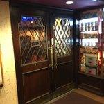 レストラン MIYAKO - 外観写真:店舗入口