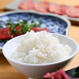 5つ星米マイスターがこだわり抜いた焼肉専用米&炊き技