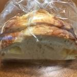 CROIX - チーズカンパーニュ