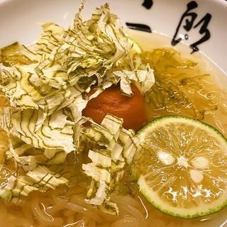 ◆食後の〆に最適!名物の手打ち冷麺♪