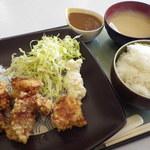 庄風堂 - 塩麹のからあげ定食とカレーセット