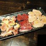 だし肉 - 日向地鶏、豚かしら、豚オッパイ