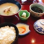 一心 - 鯛めし定食(1300円)
