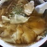 中華そば志のぶ支店 - わんたん麺(大盛)