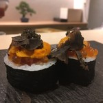 鮨 青海 - キャビアとトリュフのトロたく巻き