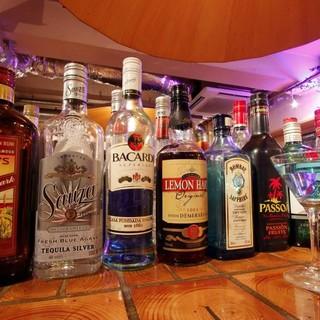 飲み放題で飲めるドリンク100種類以上!
