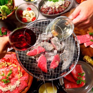 美味しいお肉を好きなだけ!焼肉食べ放題コースあり〼
