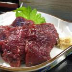 菊寿司 - 料理写真:ミンク鯨は柔らかくとろける旨さ